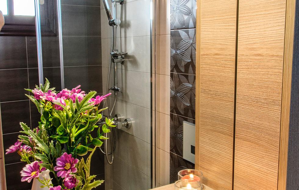 bathroom of twin room