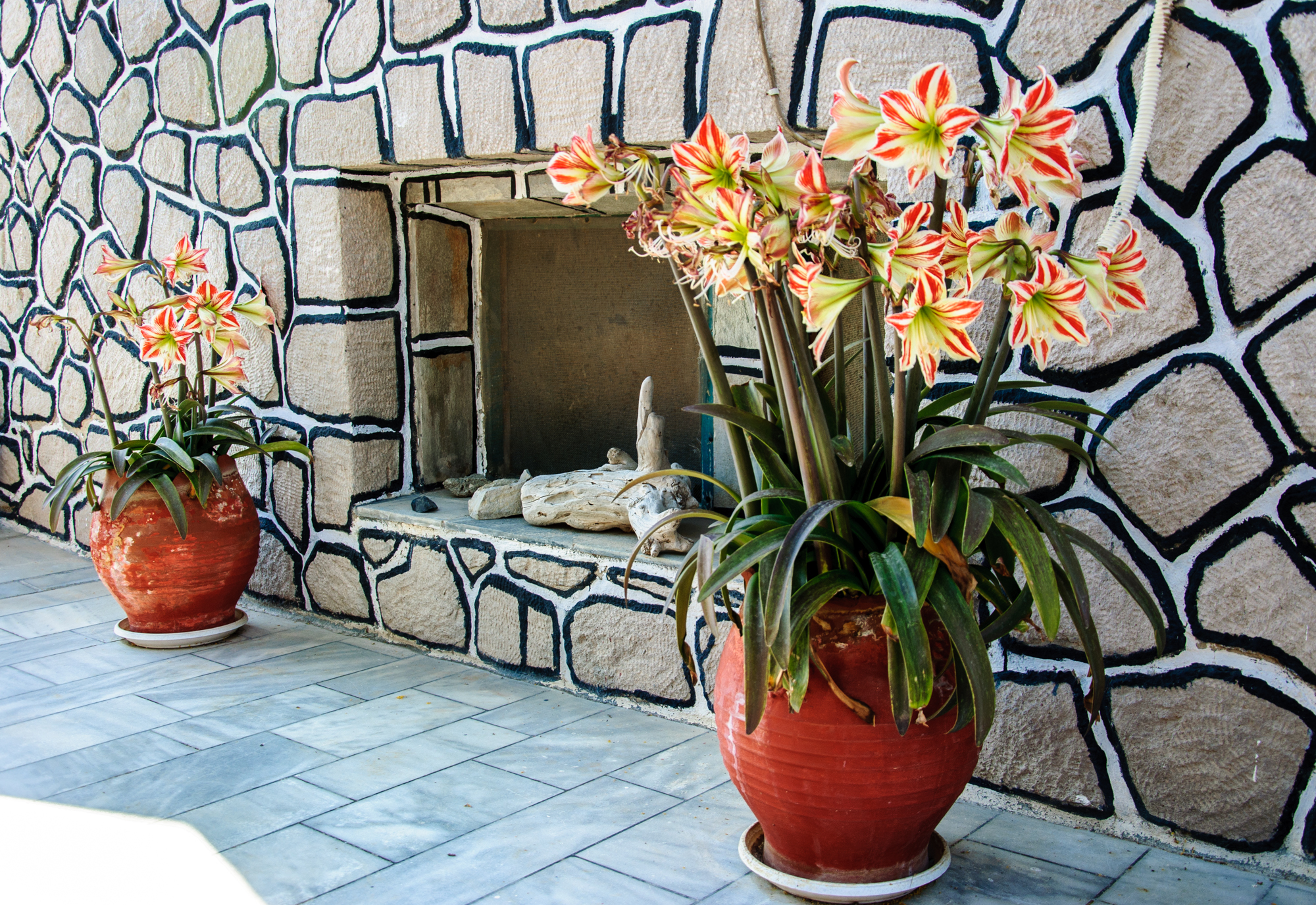 Milos hotel Christina decoration of terrace
