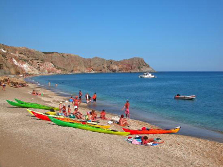 paliochori-kayaking