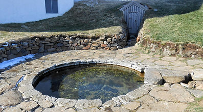 Snorralaug ancient geothermal pool, Reykholt, vikings time in Iceland, Snorri Sturuson, day tour to Borgarfjordur: the valley of the Sagas
