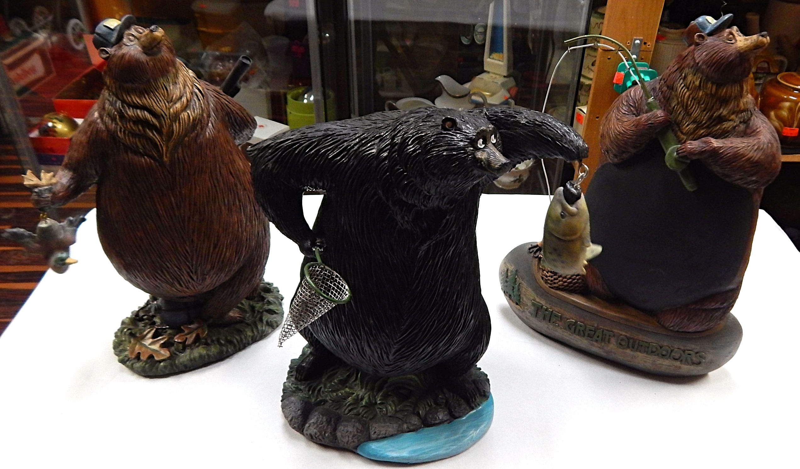 Outdoors-bears Figurines