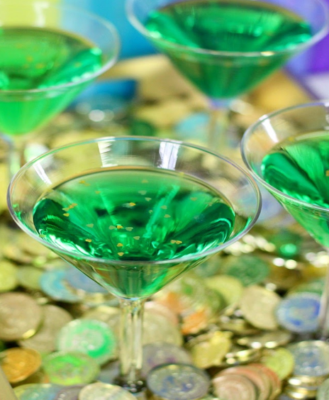 MUST TRY ST. PATRICK'S DAY COCKTAILS