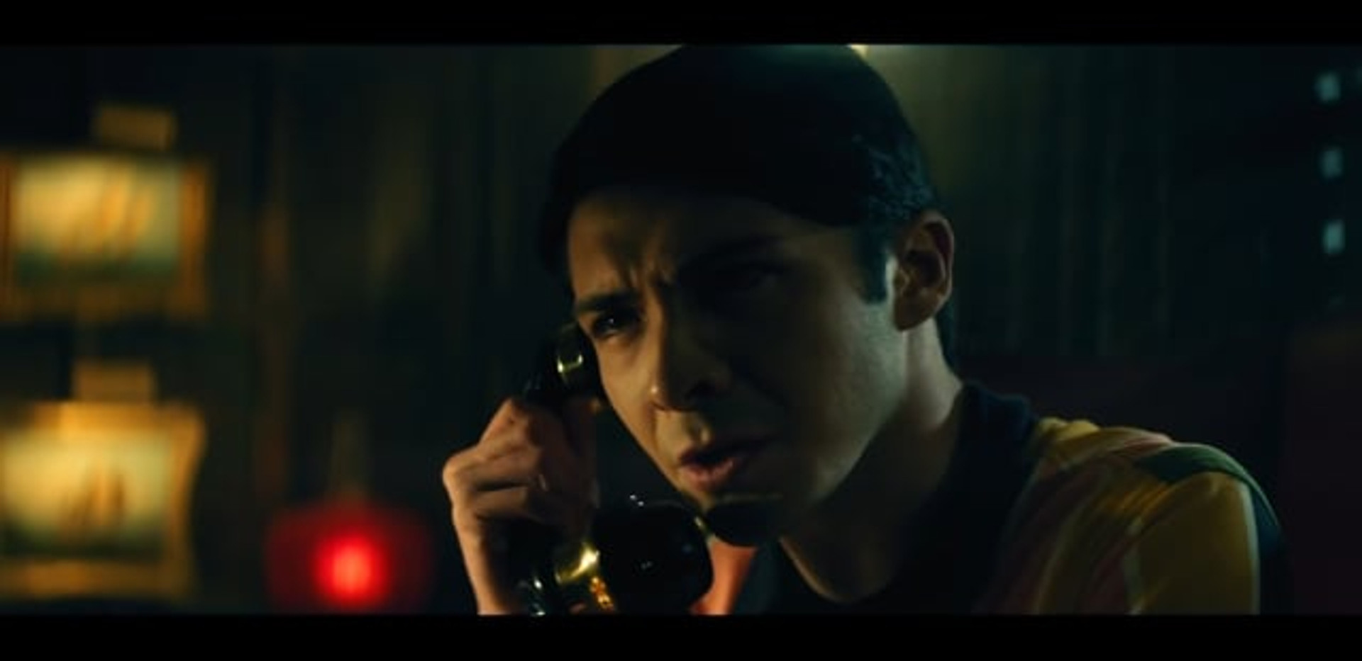 TRAILER THE CALL