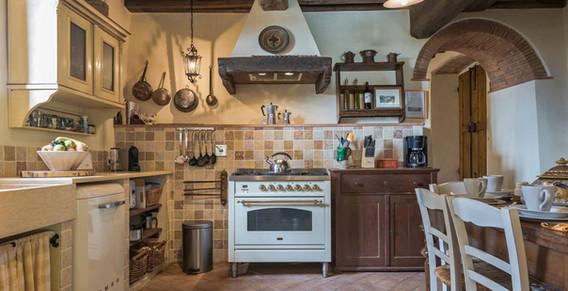 Podere-Erica-Kitchen.jpg