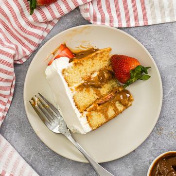Strawberry Dulce De Leche Cake