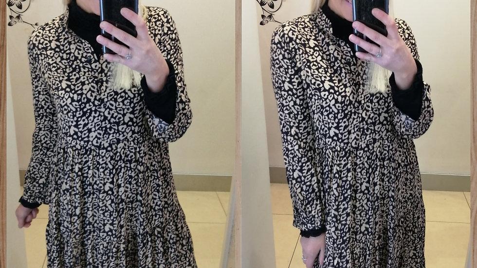 Beige Black mix dress