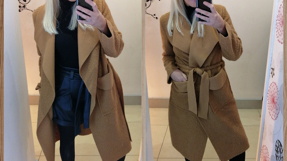 Tan Duster style coat Medium Weight