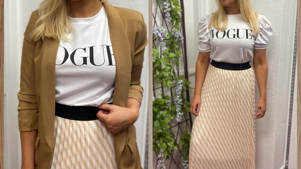 Pleated Beige stripe skirt