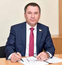 Депутат Энгельсского городского Совета депутатов Александр Трухманов помог ребенку попасть в секцию