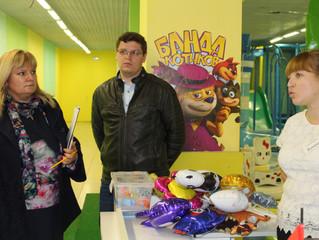 В рамках партийного проекта «Народный контроль» в Энгельсе проинспектирована детская игровая комната