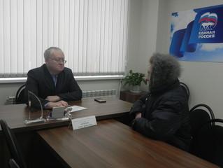 Депутаты Энгельсского городского Совета депутатов провели приемы граждан