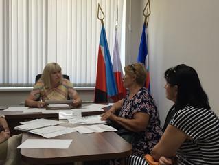16 августа в Общественной приемной Энгельсского отделения Партии «Единая Россия» прошёл личный приём