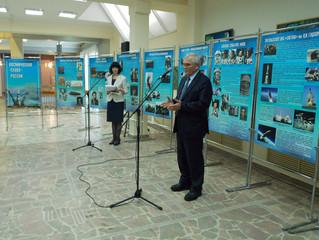 Энгельсское отделение партии «ЕДИНАЯ РОССИЯ» инициировало открытие передвижной выставки «Космическая