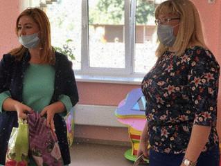 Юлия Ермакова посетила детские сады с целью проверить готовность учреждений к приему воспитанников.