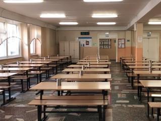 Депутат Андрей Воробьев проверил организацию питания в школе «Патриот»