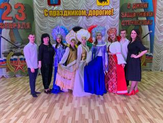 Энгельсское местное отделение ВПП «ЕДИНАЯ РОССИЯ» поздравило жителей и сотрудников  ГАУ СО «Энгельсс