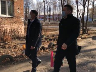 Депутаты облдумы передали продуктовые наборы балашовским пенсионерам