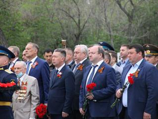 Энгельс отметил 76-летие Победы в Великой Отечественной Войне