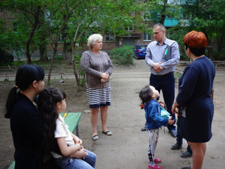 Николай Земляной провел встречу с избирателями по 19 округу