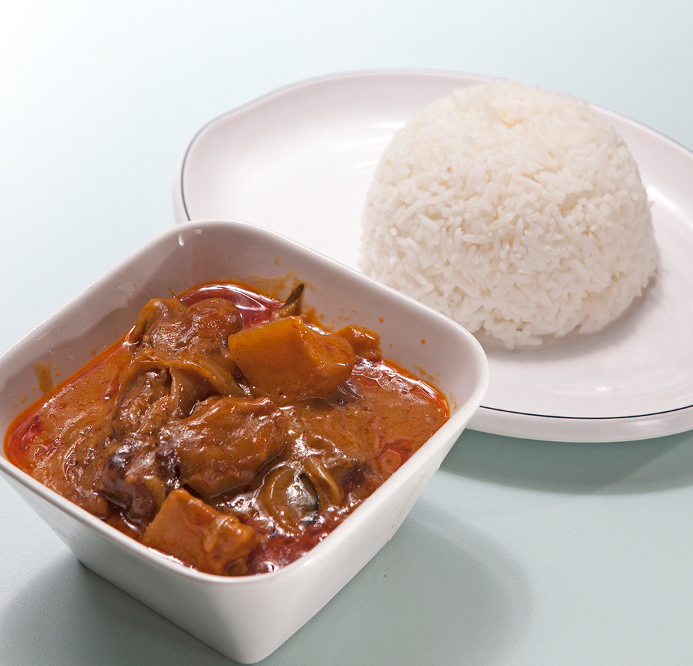 107 HK Curry Beef Rice.jpg