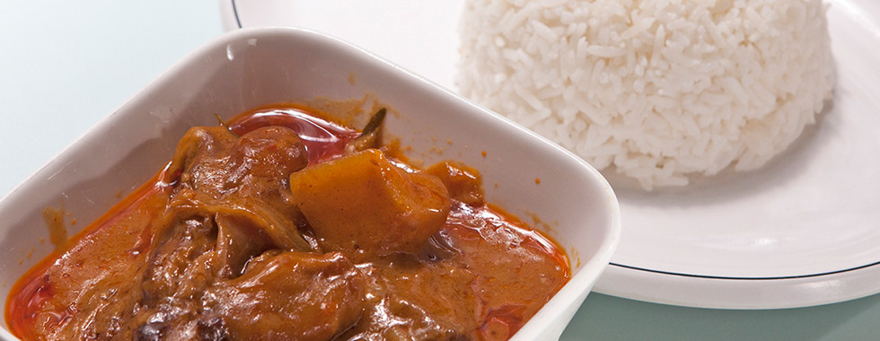 107 HK Curry Beef Rice.jpg