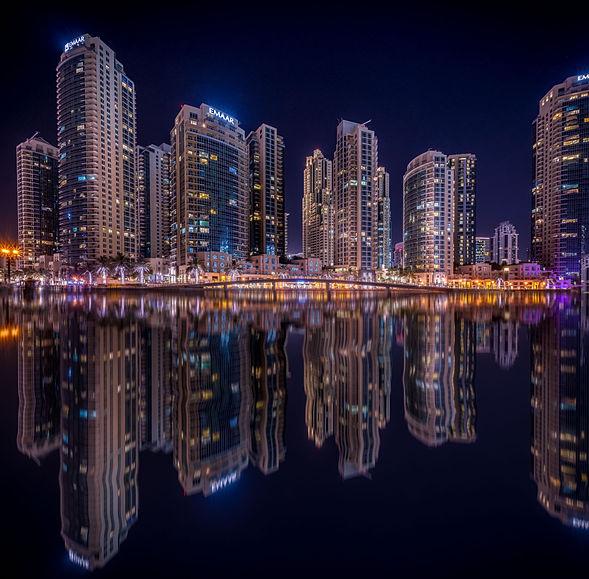 Night reflections (Dubai, Emirates)