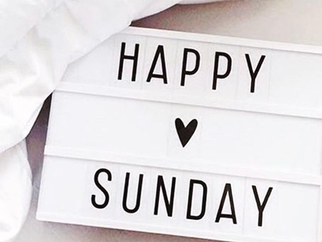 Godmorgen 💕 Er jeg den eneste der godt kunne bruge en ekstra dag mellem lørdag og søndag ?   Kaffen