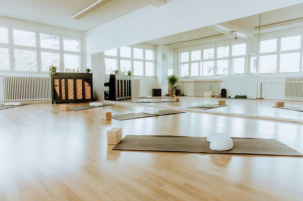 Yogastudio Yogaatelier Suree