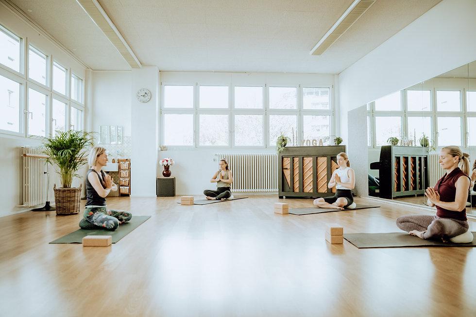 Yoga in der Gruppe
