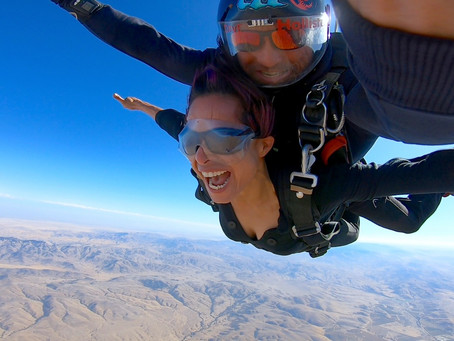 SKYDIVING NEAR ME - The Search For a Skydiving Center