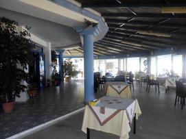 loutsa restaurant inside