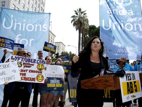 """คำสั่งศาลสูงรัฐแคลิฟอร์เนีย: """"บริษัทแพลตฟอร์มต้องเคารพสถานะคนงาน"""""""