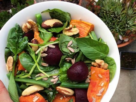 Greens, nuts & seeds salad