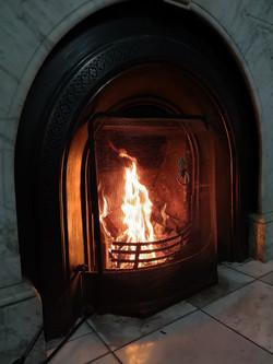 Lounge working fireplace