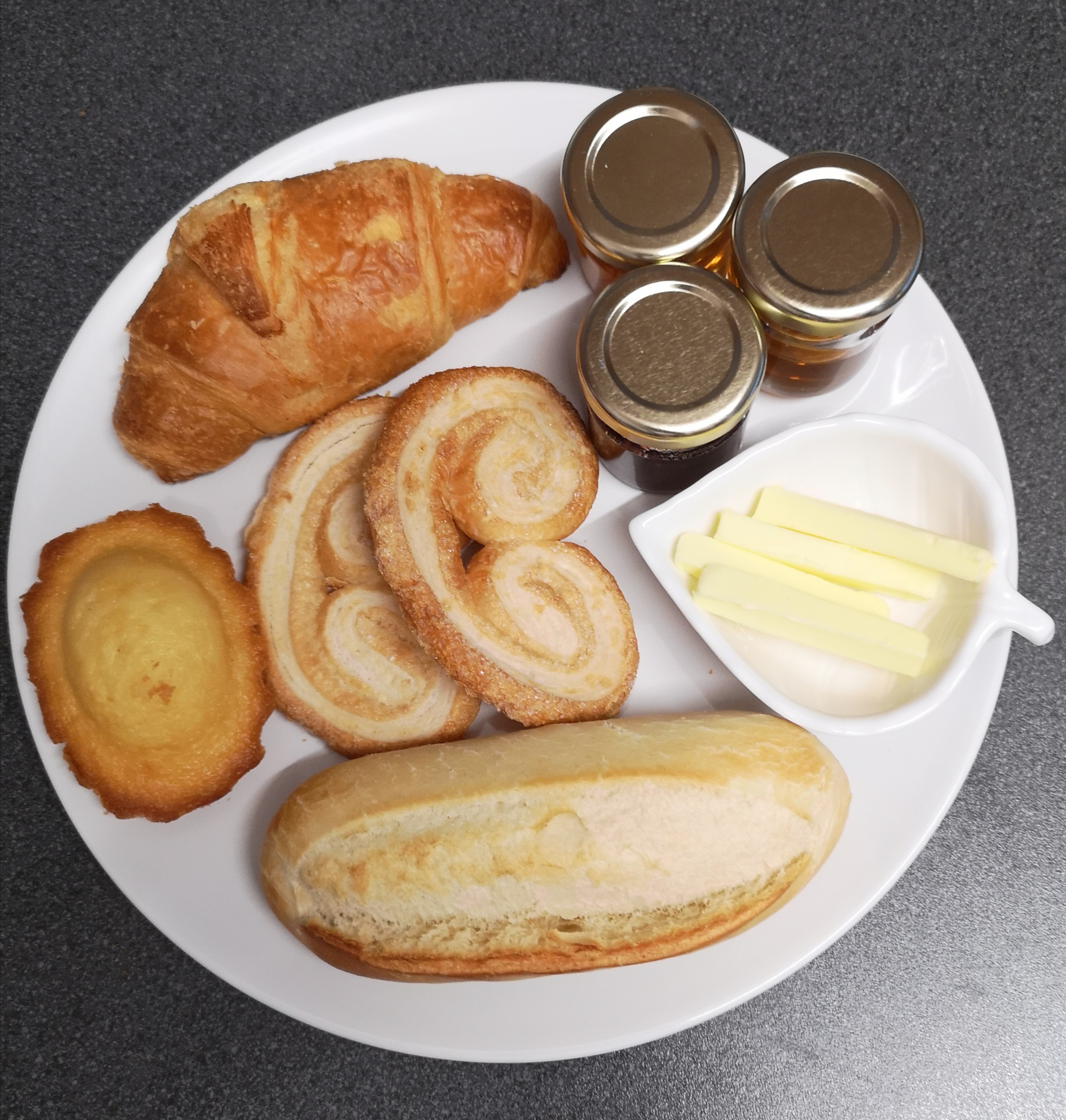 Continental breakfast option