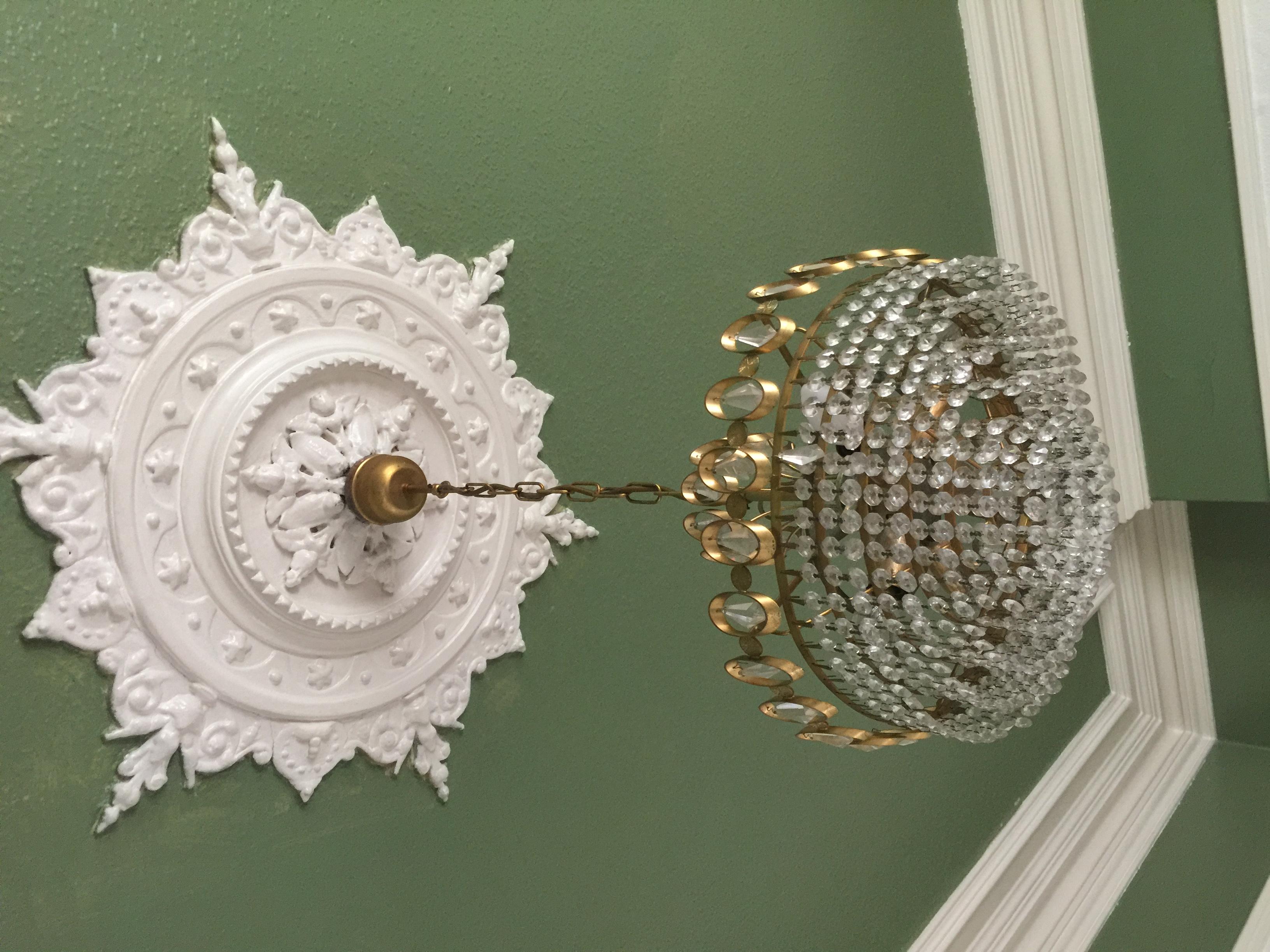 Lounge chandelier
