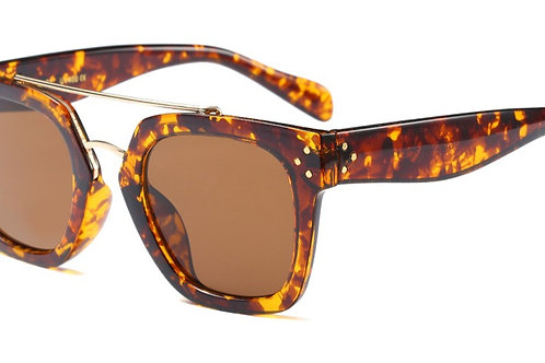 TRACIE SHADE + CASE BROWN