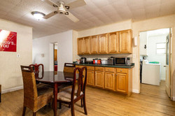 1015 NW 8th St Gainesville FL-small-013-