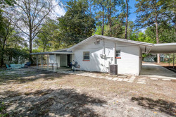 1015 NW 8th St Gainesville FL-small-023-