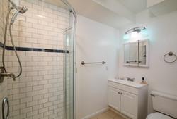 304A Bathroom