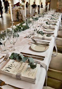 long table ribbon placecard menu