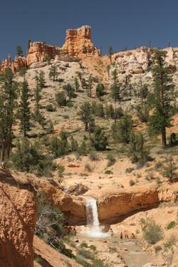 Tropic waterfall - 1 - Utah