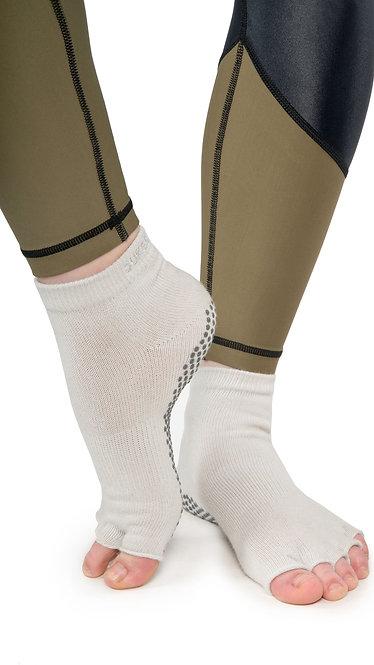 Half Toe Grip Motion Socks (Grey - Covered)