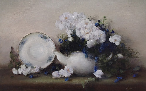 Teapot in Blue and White & Magenta Peonies ii