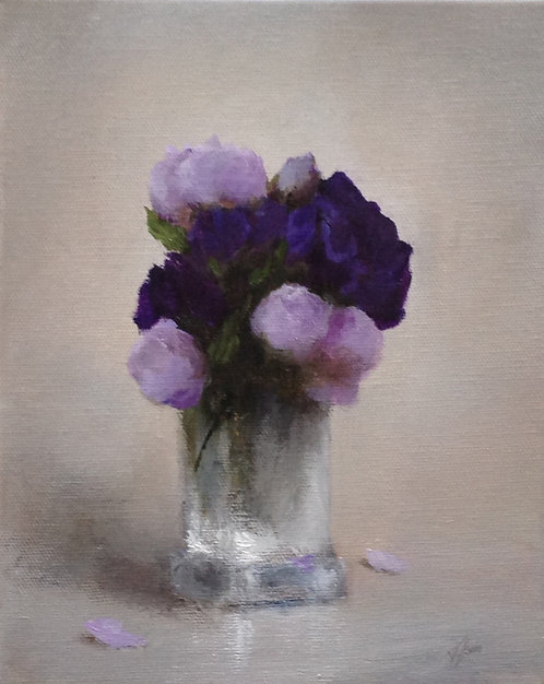 Lisianthus in a Crystal Vase i: 10 x 8 ins