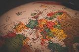 Globe photo-1589262804704-c5aa9e6def89.j