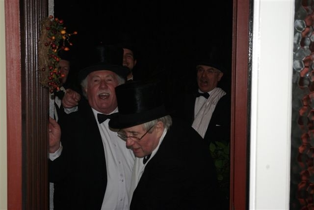 At the door, 2010