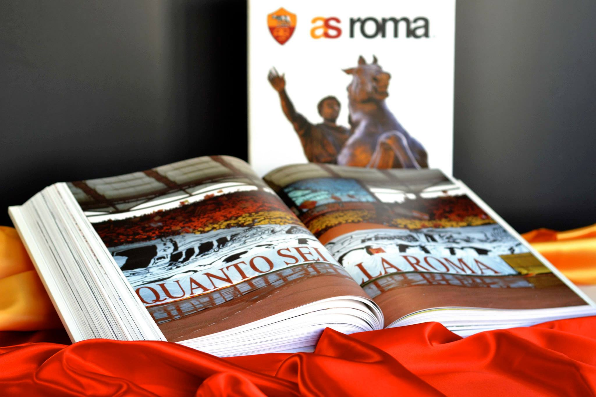 Il Libro Ufficiale della AS Roma