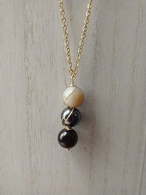 Stone Bound Necklace II