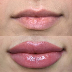 Pretty in pink 🌸__A lip blush tattoo is